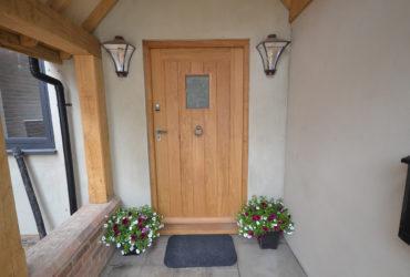 Hand-made-oak-door-sussex