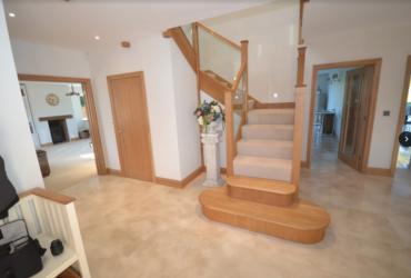 Oak staircase & Landing 4