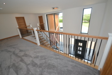 Large Cut String Stair & Landing 4