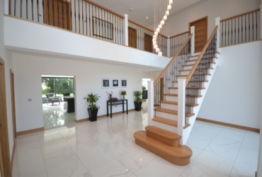 Large Cut String Stair & Landing 5